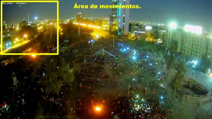 «Ovni»en Plaza Italia (Dignidad), Santiago, Chile.